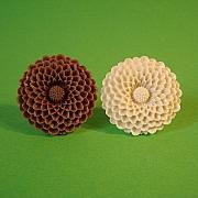 Brun eller hvid mega blomst ring