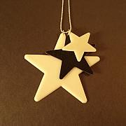3 stjerner halsk�de