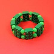 Gr�nt 6�er Lego armb�nd